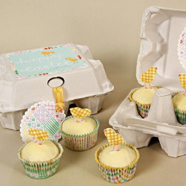 Happy Easter treats mini cake cases