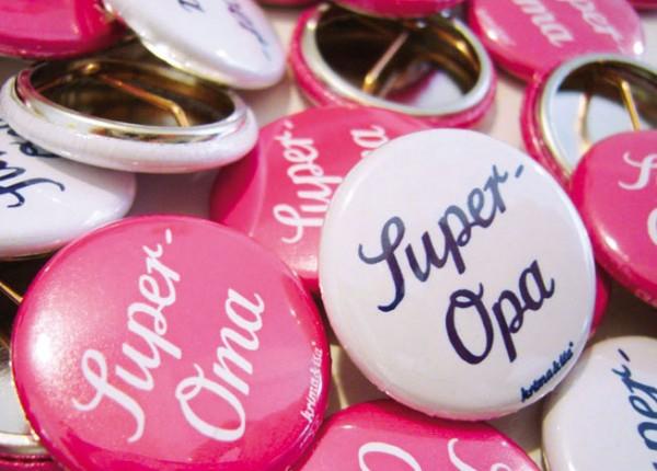 Button Super Oma